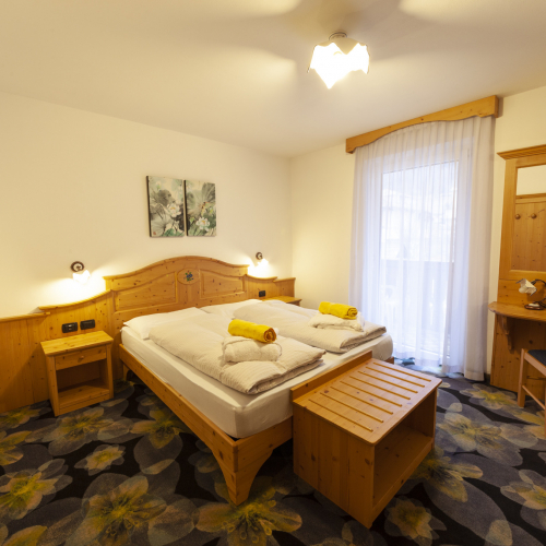 Camera Flower Hotel Tirol
