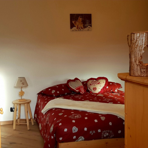camera-matrimoniale-affitto-casa-sulle-nuvole-hotel-tirol